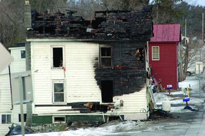 2 die in Carlisle fire; cause undetermined