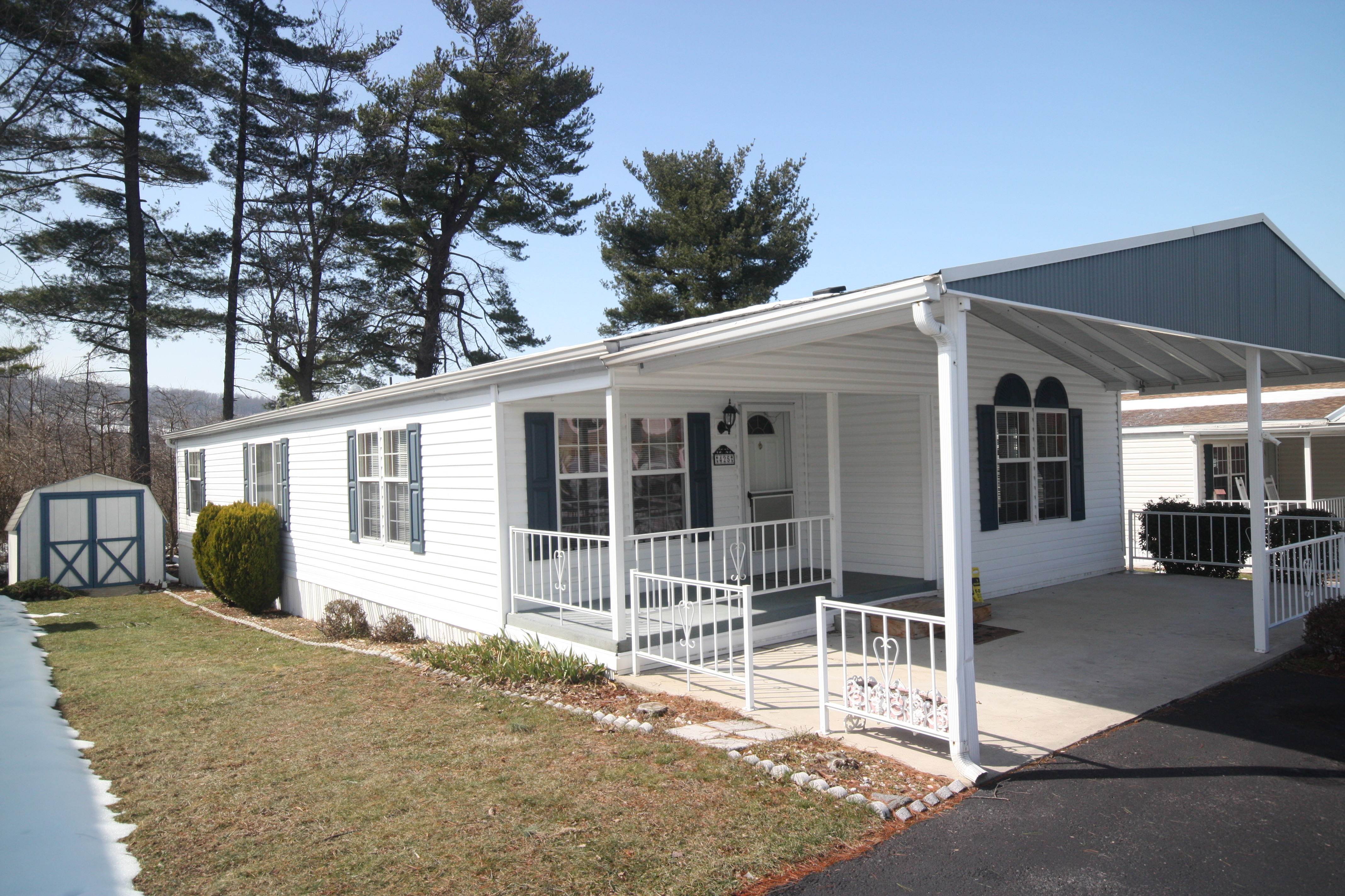 Pre-Owned Fleetwood Double Wide, 28x56