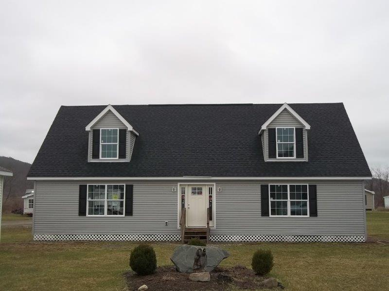The Ryley Cape Cod - Sale pending on lot model