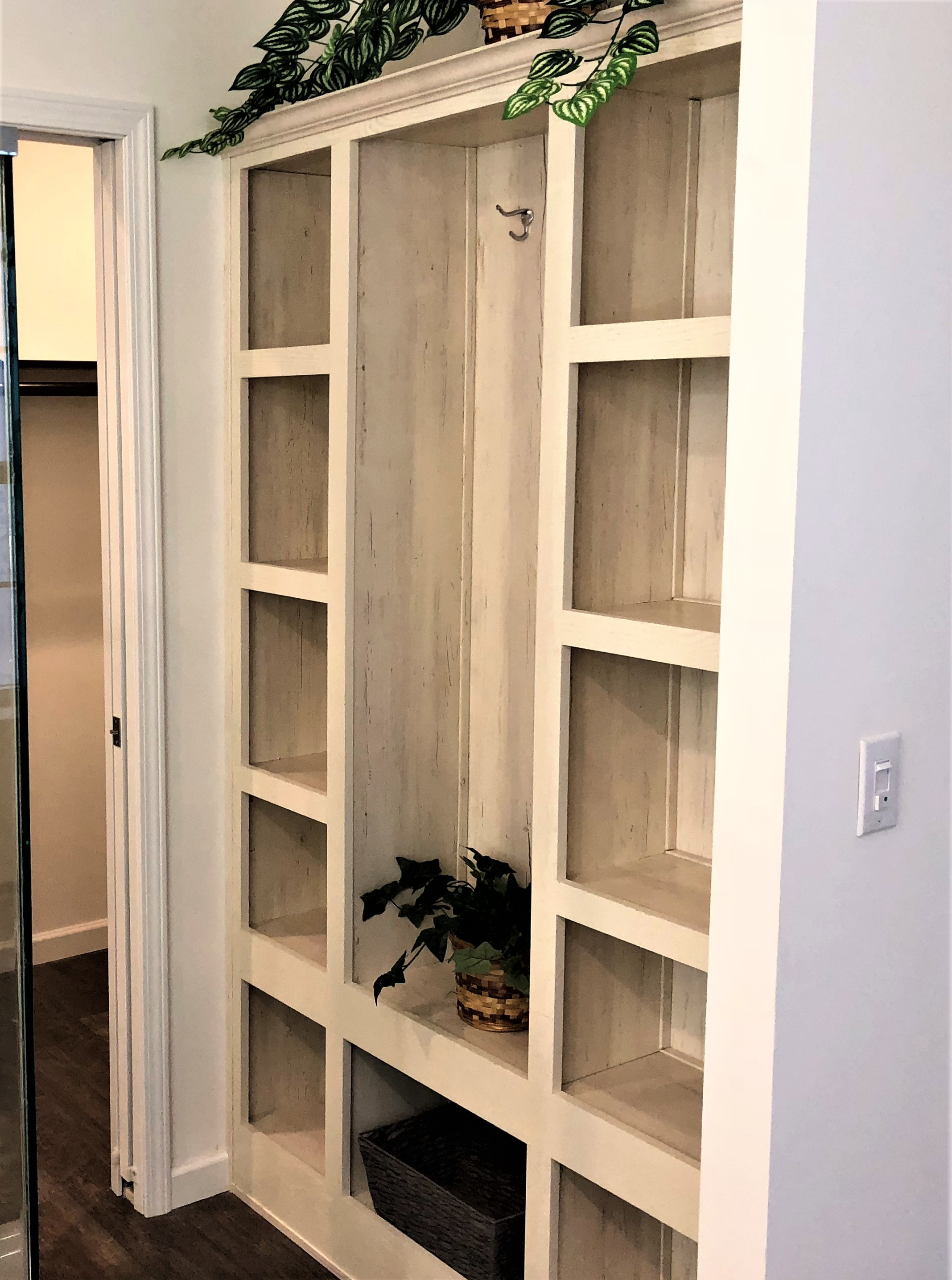 Built-in Wall Shelf in Master Bath
