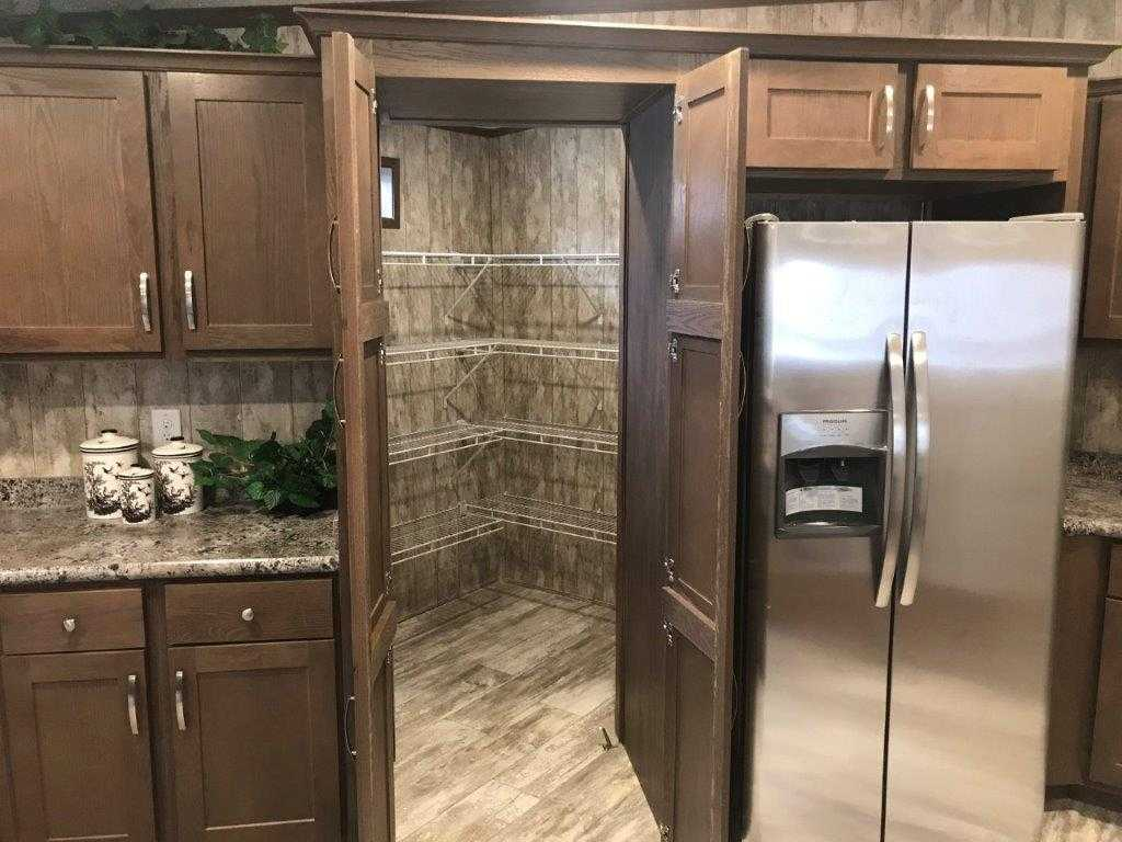Lincoln Hidden Butler Pantry Home