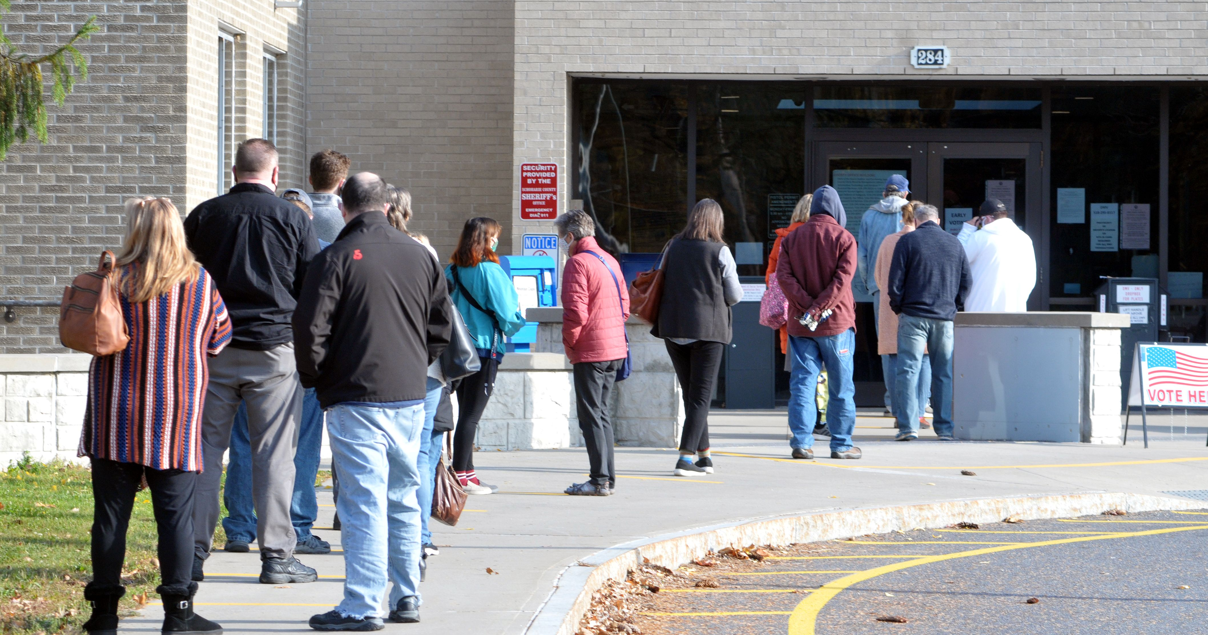 Absentees will delay election results; early voting strong
