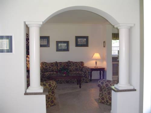 Columns at Living Room
