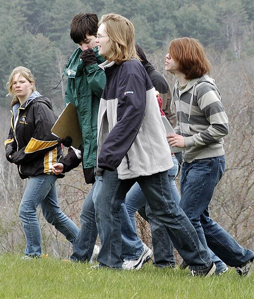 Envirothon quizzes kids on outdoors