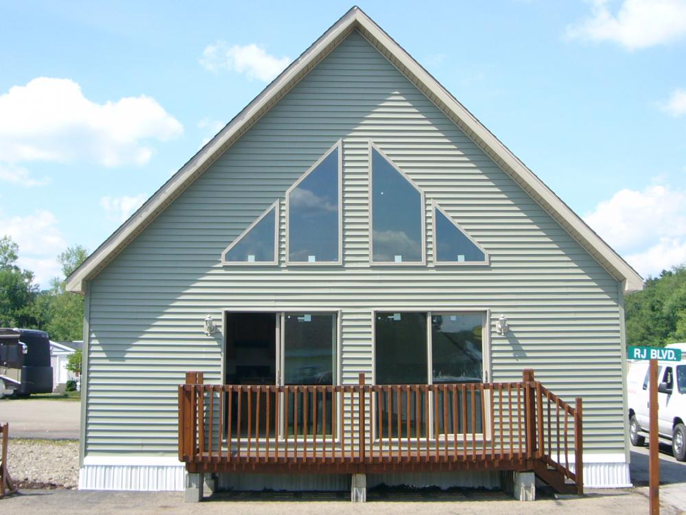 Baywood chalet sold available to order 2 bedroom chalet for Chalet manufactured homes