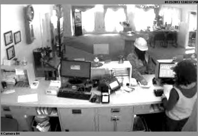 Cops still looking for Sharon bank robber
