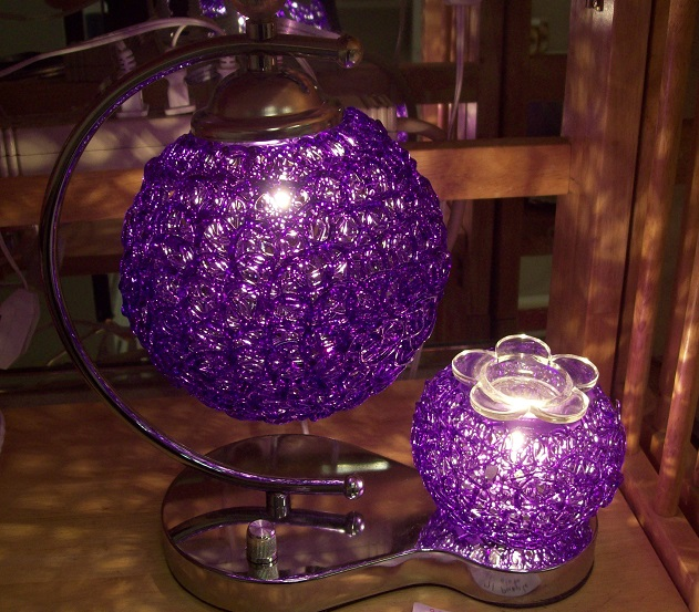 A unique design (spaghetti lamp) Oil warmer,  tart burner, purple, 71pl