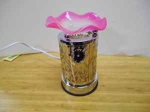 A pretty butterfly touch lamp, pink in color. FREE SHIPPING 710