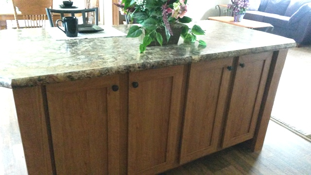 Cabinetry and breakfast bar