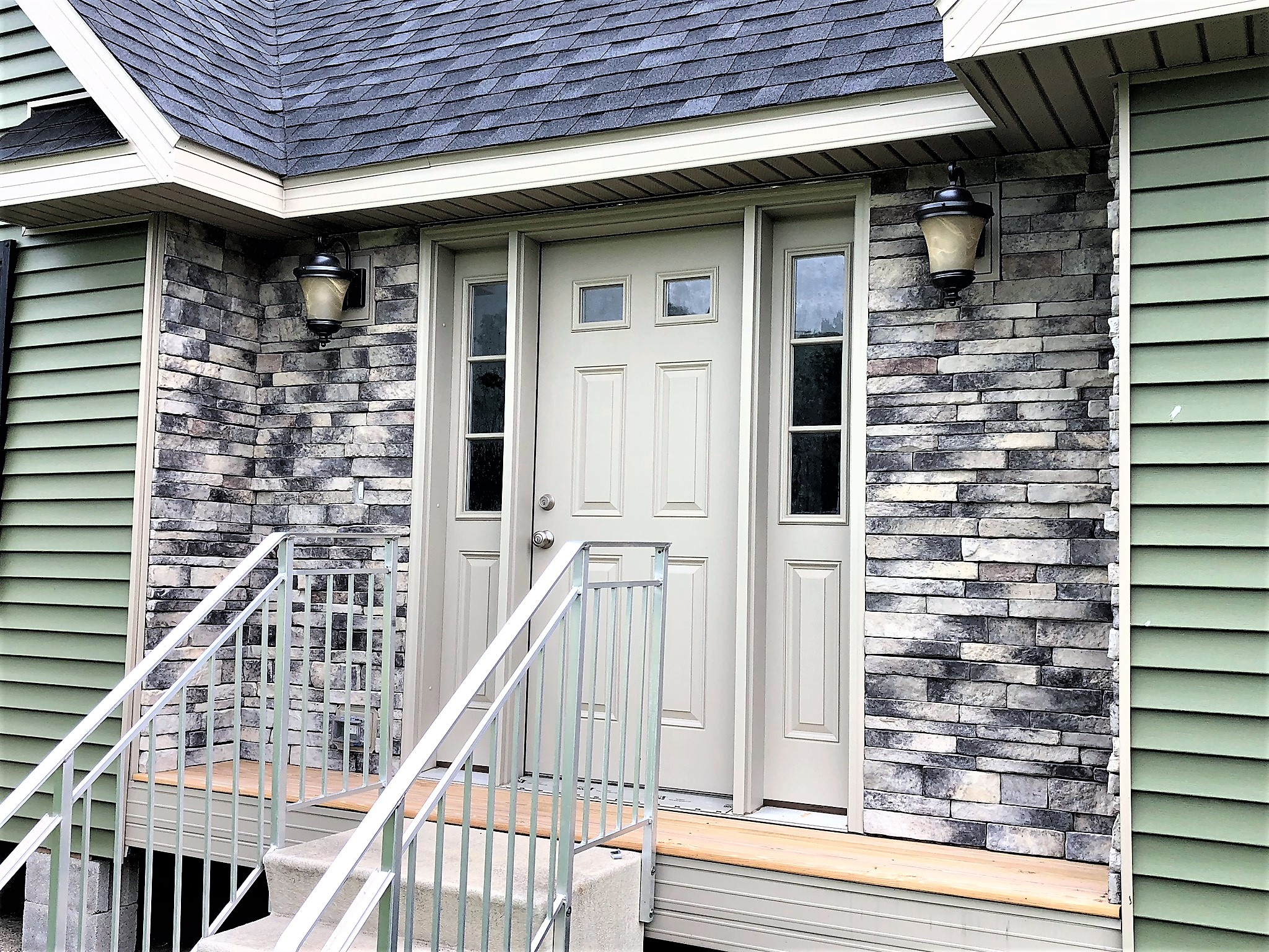 Shown With Double Sidelight Front Door And Stone Recess