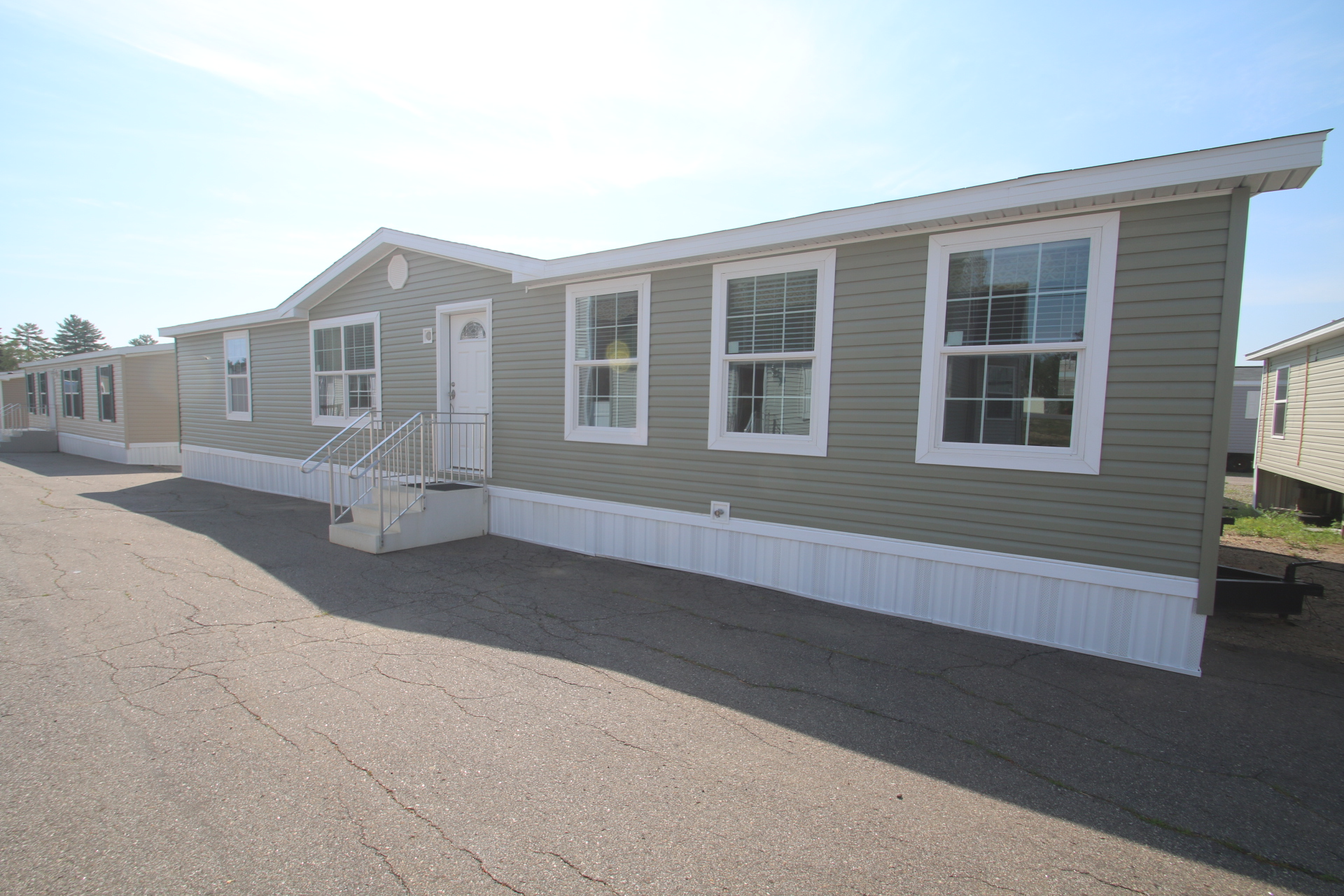 81 colony south mobile home park 2016 skyline for Large modular homes