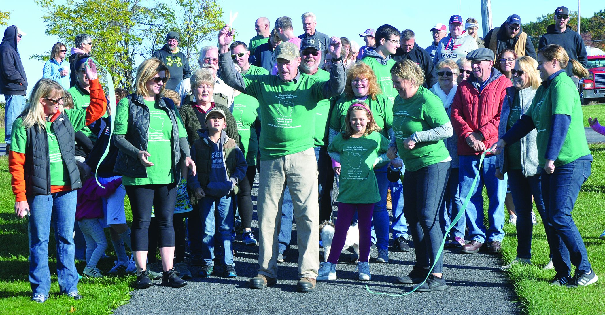 Carlisle cuts ribbon on Community Walking Trail