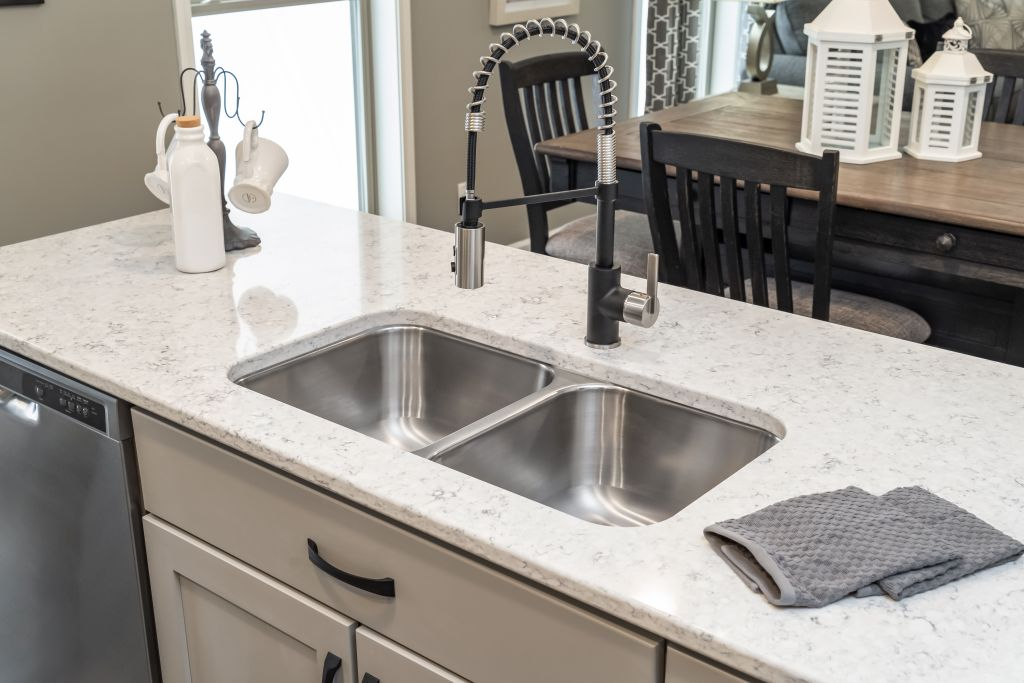 Quartz Counter Top FREE For Our Customers