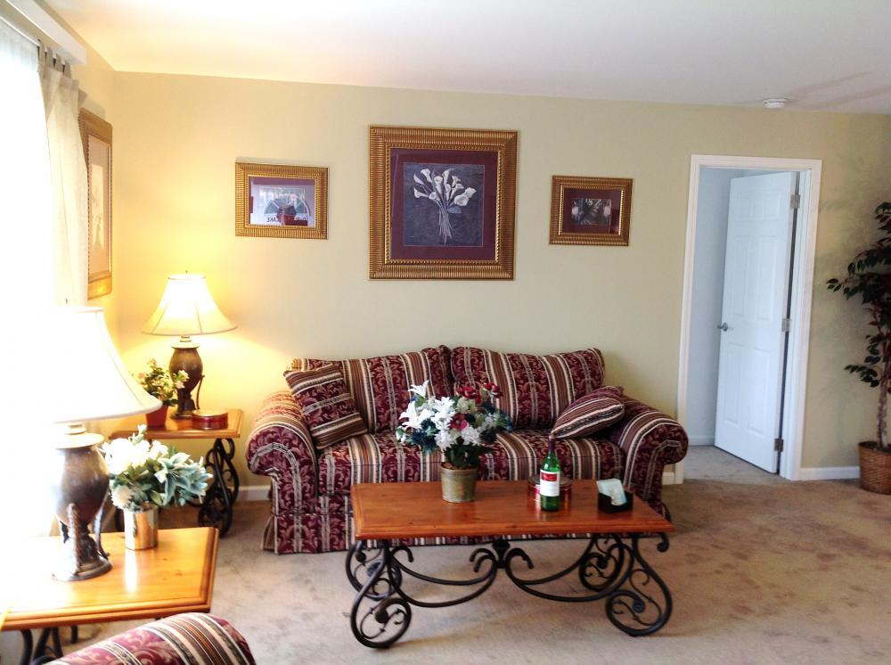 View from front door into livingroom